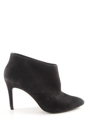 Zara Woman Décolleté accollato nero elegante