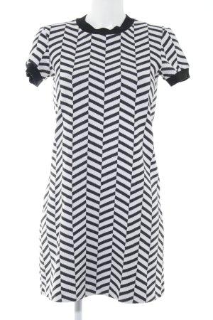 Zara Woman Minikleid schwarz-weiß Street-Fashion-Look