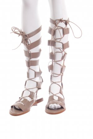 Zara Woman Römer-Sandalen hellbraun Street-Fashion-Look