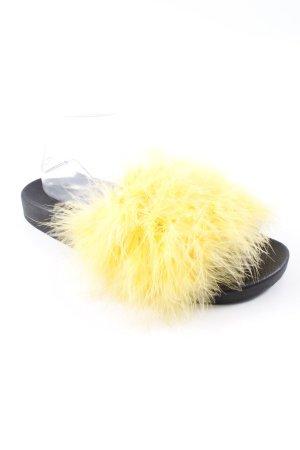 Zara Woman Zuecos amarillo pálido-negro estilo extravagante