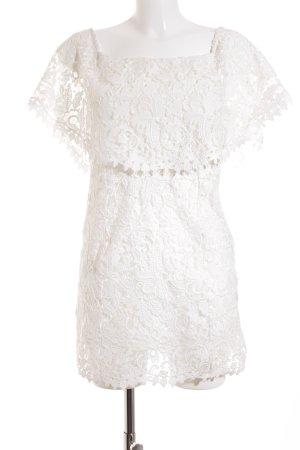 Zara Woman schulterfreies Kleid weiß florales Muster Romantik-Look