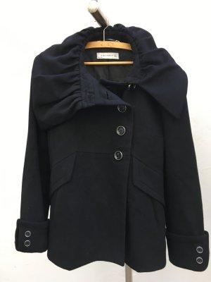 Zara Woman Schwarze Jacke breiter Kragen