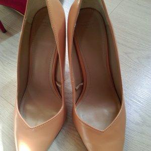 Zara woman shoe heels