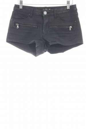 Zara Woman Shorts schwarz Street-Fashion-Look
