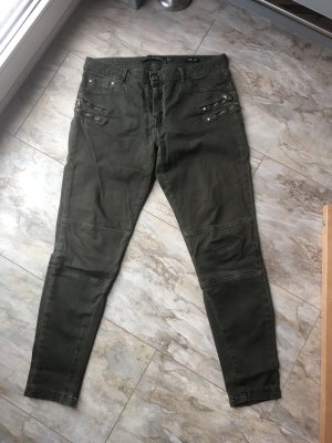 Zara Woman Slim Fit Hose Gr. 40 olivgrün