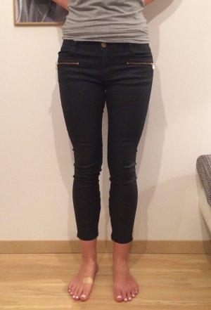 Zara Woman slim fit Hose schwarz Lederlook glänzend 7/8 Reißverschlüsse gold