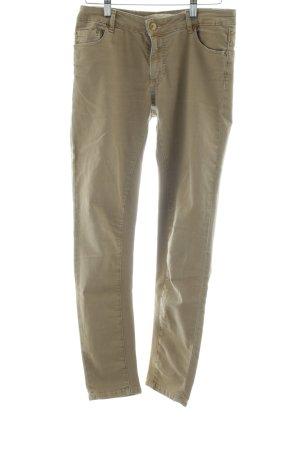 Zara Woman Slim Jeans creme Street-Fashion-Look