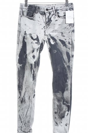 Zara Woman Slim Jeans Farbtupfermuster Street-Fashion-Look
