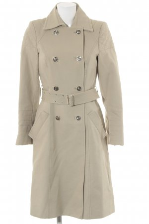 Zara Woman Trenchcoat hellbeige Street-Fashion-Look