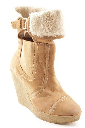 Zara Woman Winterstiefel camel-creme Kuschel-Optik