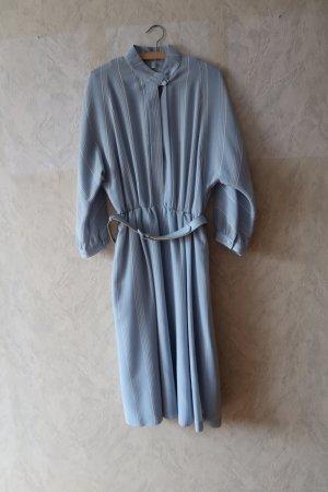 Robe en laine bleu pâle