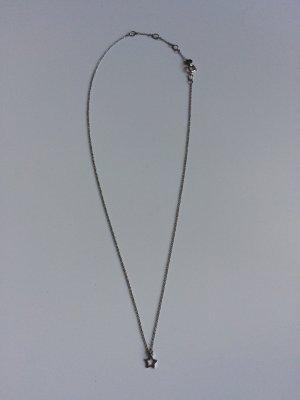 Zarte Silberkette mit Sternchenanhänger von Swarovski