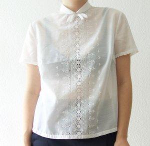 Zarte Vintage Bluse, blütenweiß