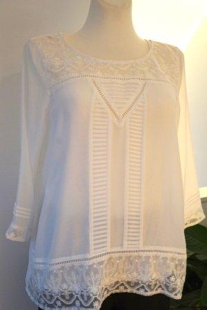 Zarte weiße Bluse von Komma in Gr.40