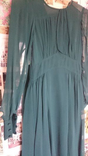 Zartes Antique-Kleid