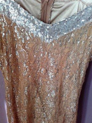 Zartes Kleid aus Italien