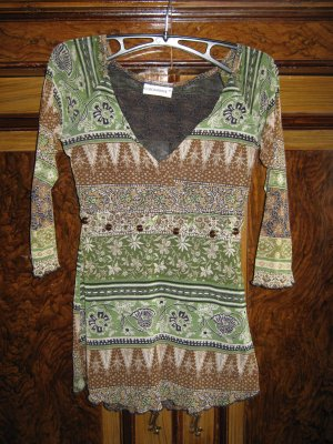 Zartes Shirt im Hippie- Look Gr. 40