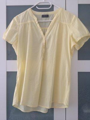 Zartgelbe Bluse mit V-Ausschnitt