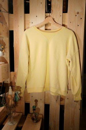Zartgelber Sweater von Zara