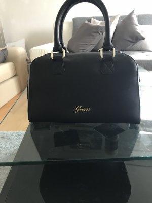 Zauberhafte elegante Tasche von der Marke Guess!