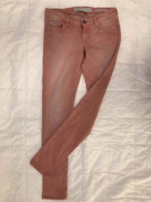 Guess Pantalon cigarette rouge clair-saumon