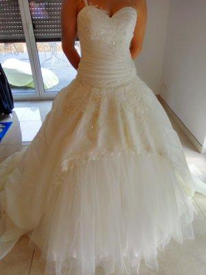 Zauberhaftes Hochzeitskleid NEU