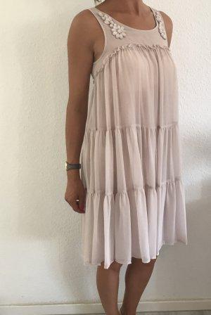 Zauberhaftes Kleid in hellrosé