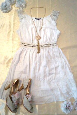 zauberhaftes Kleid von Review in Größe L