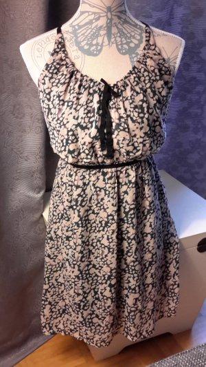zauberhaftes Sommer - Kleid