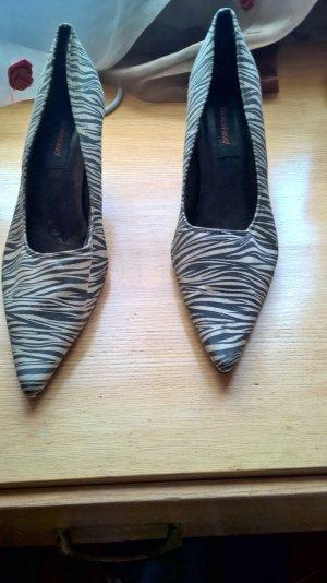zebra heels. mit metal-absatz. stylusch. groesse 40
