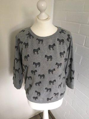 Zebra Pullover, getragen