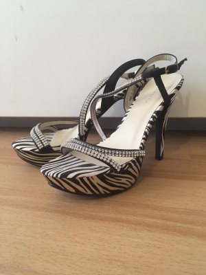 0039 Italy High Heels black-white
