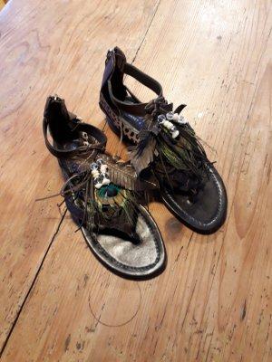 Sandalias con talón descubierto marrón oscuro Cuero