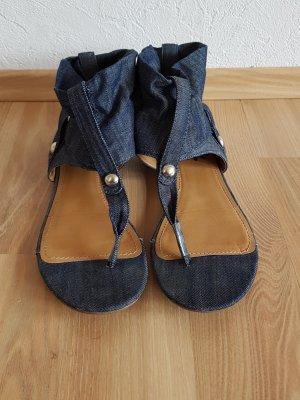 Zehensandaletten aus Jeansstoff
