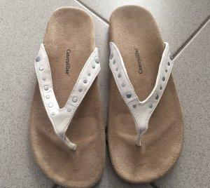 """Zehensteg-Sandale """"Milly"""" Leder, cremweiß/beige mit Nieten Neu!"""