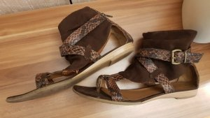 Marco Tozzi Toe-Post sandals brown