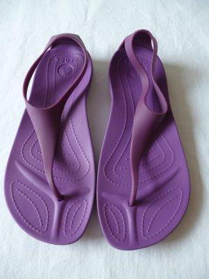 Zehentrenner Beach-Sandalen von Crocs