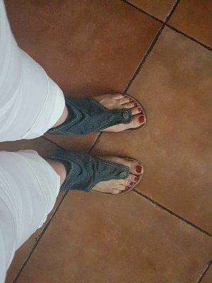 Zehentrenner-Sandalen im Jeans