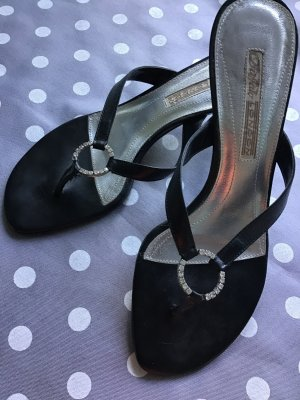 Buffalo London High-Heeled Toe-Post Sandals black leather