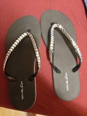 Deichmann Flip-Flop Sandals black synthetic material