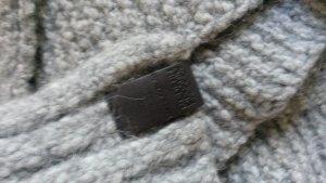 Zeitlos: Grauer Schal mit Alpaka