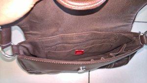 Zeitlose braune Handtasche von Esprit