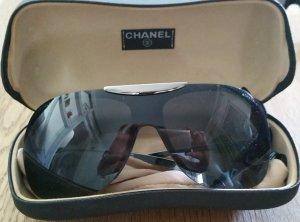 Zeitlose Chanel Sonnenbrille