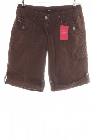 Zero Bermudas brown casual look