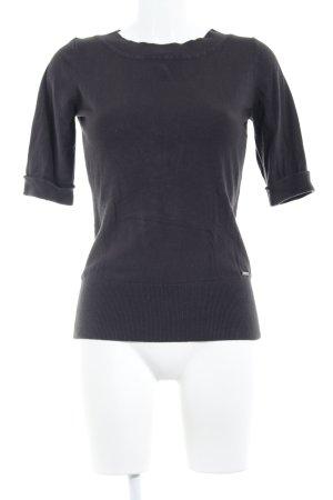 Zero Camisa tejida negro look casual