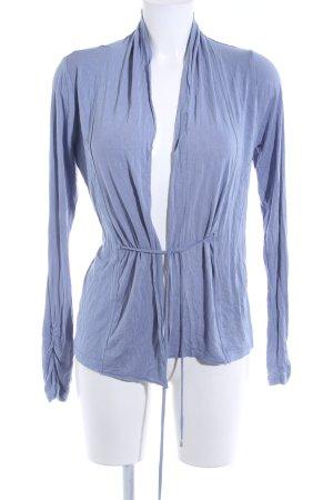 Zero Camisa cruzada azul celeste look casual