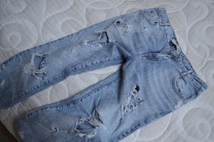 Zerrissene Boyfriend Jeans Gr. 36 Zara
