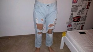 Zerrissene Jeans Hose.