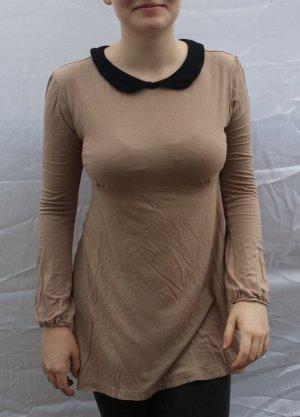 zierliches dezentes Kleid
