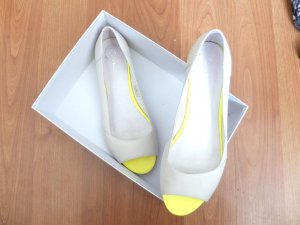 Zign Peeptoe Ballerinas Gr. 39 weiß neon gelb leder wie neu trend zalando